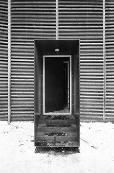 portal      entry door by zumthor