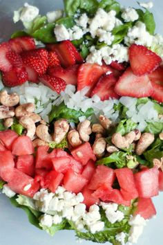 Green Salad Recipe with Strawberries, Watermelon, and Cashews | reluctantentertainer.com