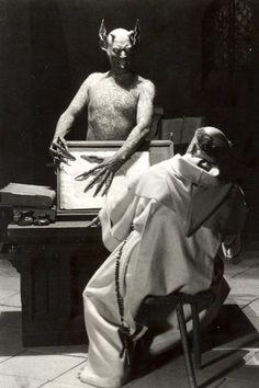 Häxan (ou La Sorcellerie à travers les âges)  1922