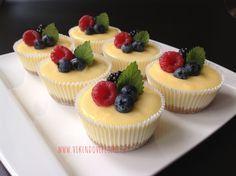 VÍKENDOVÉ PEČENÍ: Mini cheesecakes s citronovým krémem