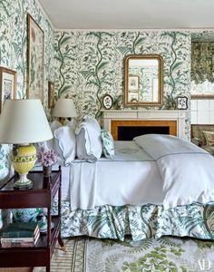 Tory Burch's Southampton Home, Bedroom