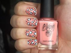 normally I think leopard print nails verge on tacky but these are too cute! :)