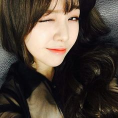 Girl's Day Bang Minah smirk, wink, cute  ;) selca