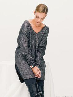 Oversize V-Neck Sweater 12/2015