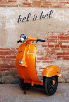 So eine #Vespa hätte ich auf der #INTERMOT gut gebracht. Zero, autobalance Scooter.