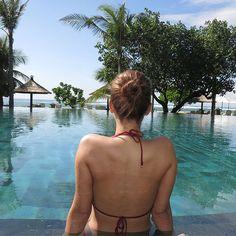 WEBSTA @ iamlatintin - Another #tb 😍🐠🌴🌏 #escape #bali #globetrotter #travel #nusadua #ayodyabali #beachesnresorts