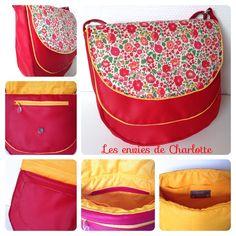 Sac besace Musette cousu par Les envies de Charlotte ~ Patron de couture Sacôtin