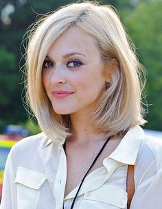 Long enough to pin back for a pretty updo, short enough to look chic and pulled together. Love this versatile look!