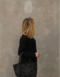 cabas cuir et broderie  Cow leather shopper bag with hand embroidery by Tyssen Paris  Www.tyssenparis.com