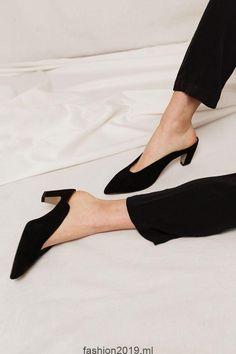 2dcbfcd94 Per Suede Mule (Schwarz), #schwarz #shoes #suede Sapatos De Camurça