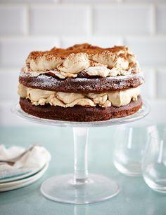 Chocolate Fudge Pie, Chocolate Meringue, Meringue Cake, Chocolate Sponge, Chocolate Recipes, White Chocolate, Baking Recipes, Cake Recipes, Dessert Recipes