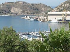 Vista del Puerto de Cartagena (España) http://www.cocin-cartagena.es/