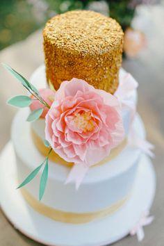 Katharina & Paul's sommerliche Schlosshochzeit CARMEN UND INGO PHOTOGRAPHY http://www.hochzeitswahn.de/inspirationen/katharina-pauls-sommerliche-schlosshochzeit/ #wedding #summer #inspo