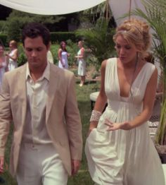 When she thought all-white party meant Grecian goddess. | 24 Times We Wanted To Raid Serena Van Der Woodsen's Closet