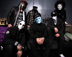 (in no particular order) Danny, Johnny 3 Tears, Charlie Scene, J-Dog, Funny Man, Da Kurlzz - Hollywood Undead