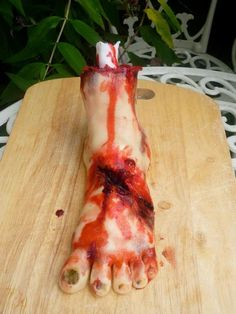 severed foot cake- perfect for Halloween or a zombie party.