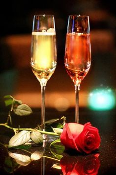 Champagne and flower.