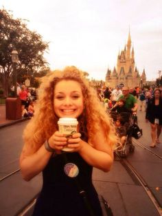 Carrie in DisneyWorld Carrie Hope Fletcher, Role Models, Hugs, Carry On, Youtubers, Fangirl, Musicals, People, Templates