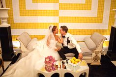 ELEGANT AND PLAYFUL PALM SPRINGS WEDDING AT THE VICEROY