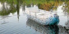 A total MUST do :-D - Recycled plastic bottle boat! A total MUST do 😀 - Water Bottle Crafts, Plastic Bottle Crafts, Recycle Plastic Bottles, Water Bottles, Plastic Craft, Plastic Bottle House, Pet Bottle, Recycled Bottles, Recycled Art