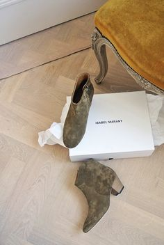 Isabel Marant Dicker Boots on my feet like tomorrow! Love the olive tone