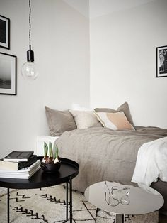SIMPLE BEDROOM DECOR | A discreet bedroom set with contemporary bedside tables |  www.bocadolobo.com #bedroomdecor #bedroomdesign