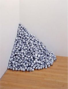 Untitled (A Corner of Baci) - Felix Gonzalez-Torres - WikiPaintings.org