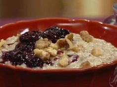 Our partners at Let's Dish show you how to make 'Super Oatmeal'    Read more: http://www.newsnet5.com/dpp/lifestyle/food/our-partners-at-lets-dish-show-you-how-to-make-super-oatmeal#ixzz1xtq7gZMD  #wews