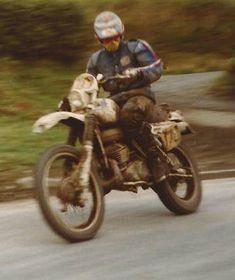 Enduro Vintage, Vintage Bikes, Enduro Motorcycle, Motorcycle Style, Off Road Moto, Dual Sport, Aftermarket Parts, Trail Riding, Street Bikes