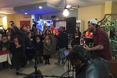 Umbria: #Jovanotti #canta per i terremotati ospitati al Lago (link: http://ift.tt/2fsN1Wq )