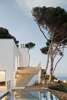 House in Costa Brava | Garcés De Seta Bonet | Find more amazing projects and design news in http://bocadolobo.com/blog/