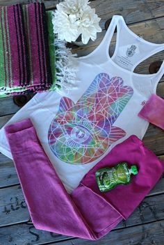 These are a few of our favorite things! IamVibes Hamsa Tank and LVR GOTS Certified Organic Cotton Leggings make for a perfect afternoon yoga outfit! All available at evolvefitwear.com