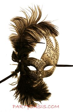 Luna Musica Feather Mask