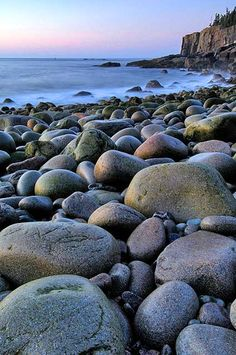 do you know that gentle click, click, click sound the rocks make as they settle down when the waves go in and out? Best Places To Camp, Cool Places To Visit, Nature Images, Nature Pictures, Acadia National Park, National Parks, Beautiful Wallpapers For Iphone, Boulder Beach, Vintage Tin Signs