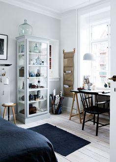 Skab fra Lindebjerg Design - Nordisk look i soveværelset - Boligliv