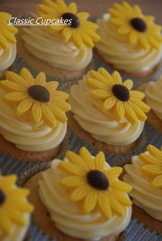 Bridal Flowers .Classic Cupcakes Derry NI