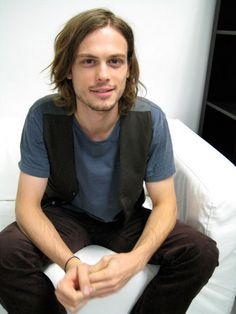 Born to be a Model - matthew-gray-gubler Photo