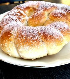 Svenske kringler - BAKERINNEN Swedish Recipes, Sweet Recipes, Cooking Chef, Cooking Recipes, Bread Recipes, Cake Recipes, Norwegian Food, Sweet Bakery, Christmas Baking