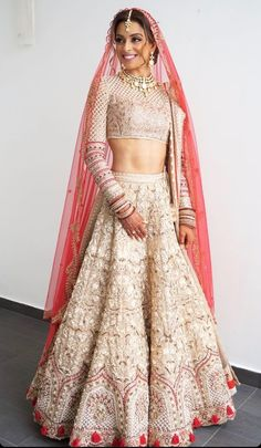 -Bridal Lehenga Store flawlessly modernise Indian costumes and patterns for the millenial Bride. Indian Bridal Outfits, Indian Bridal Lehenga, Indian Bridal Wear, Indian Designer Outfits, Lehenga Wedding, Pakistani Bridal, Lehenga Choli Designs, Designer Bridal Lehenga, Desi Wear