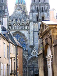 Bayeux, France - C'est ici ou J'ai pris le train d' Angers (vers Le Mans) pour visiter les plages de Debarquement (Omaha Beach)