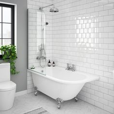 SHOP the Appleby 1550 Roll Top Shower Bath with Screen + Chrome Leg Set at Victorian Plumbing UK Freestanding Bath With Shower, Clawfoot Tub Shower, Shower Over Bath, Tub Shower Combo, Bad Inspiration, Bathroom Inspiration, Family Bathroom, Small Bathroom, Roll Top Bath
