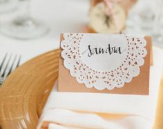 floral design, escort cards, place cards, names, handmad place, seating cards, doilies, wedding name cards, name card ideas