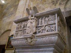#Pulpito di Mastro Guglielmo, prima Duomo di Pisa, dal 1312 presso il Duomo di #Cagliari. Photo by cristianocani, via flickr 1159-1162