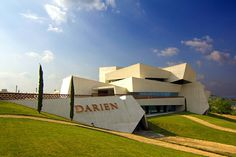 Bodegas Darien en Logroño diseñada por J. Marino Pascual España