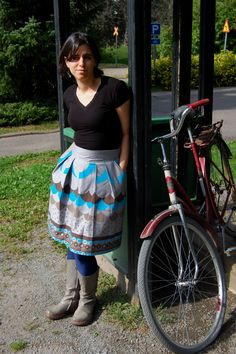 Skirt in a grey blue and brown pattern
