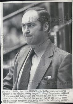 1972 Press Photo Red Kelly Coach  Pittsburgh Penquins Relieved Manager Duties