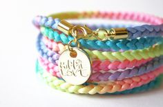 I'm so gonna get this - pastell neon bracelet