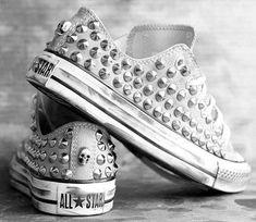 Studes On Converse WANTTTT!!!!!!!!!!