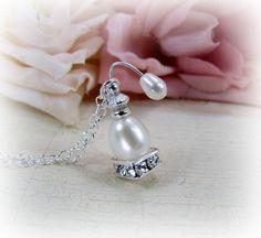 Miniature Perfume Bottle Atomizer (idea - no tutorial) | Source: CuteAbility