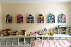 Calico Critters Sylvanian Families Wall Display/Room Ideas (tiny houses, shelves, kids room, girls room, doll houses, Cloverleaf Corners)